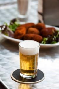 Cerveza y croquetas