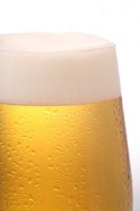 Cerveza fría, refrescante